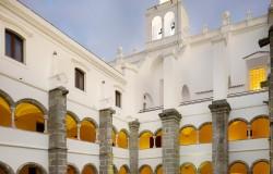 Convento do Espinheiro, luxury hotel Evora